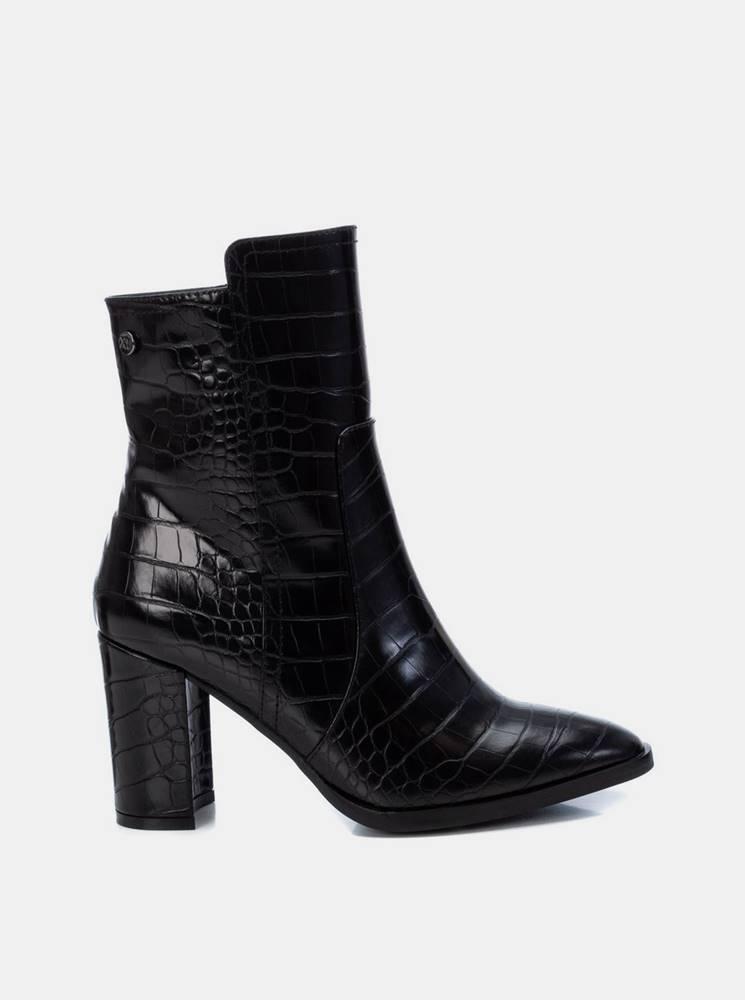 Xti Čierne dámske členkové topánky s krokodýlím vzorom Xti