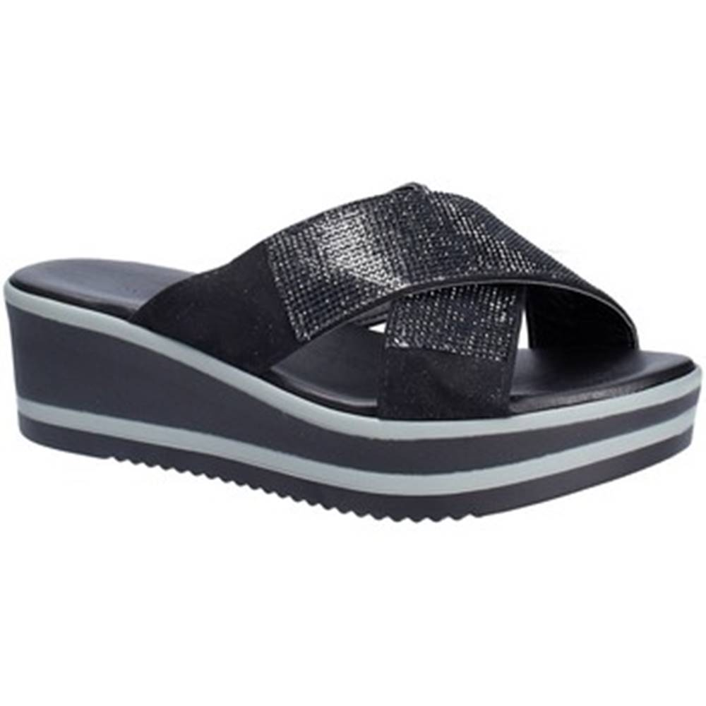Grace Shoes Šľapky Grace Shoes  21114