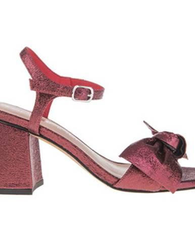 Červené sandále Fornarina