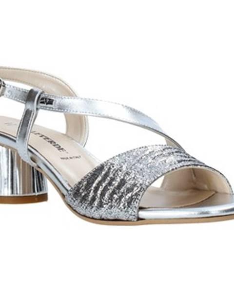 Strieborné sandále Valleverde