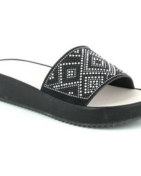 Čierne topánky Grunland