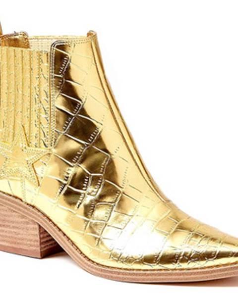 Zlaté topánky Guess