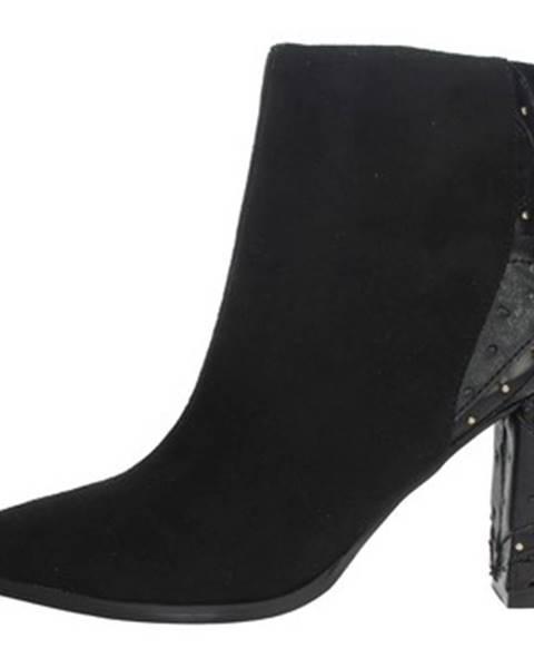 Čierne topánky Menbur