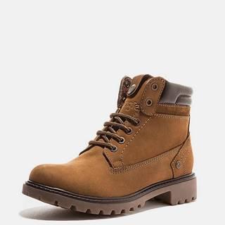 Hnedé dámske kožené zimné topánky Wrangler