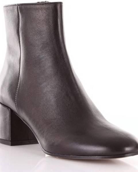 Čierne topánky Bianca Di