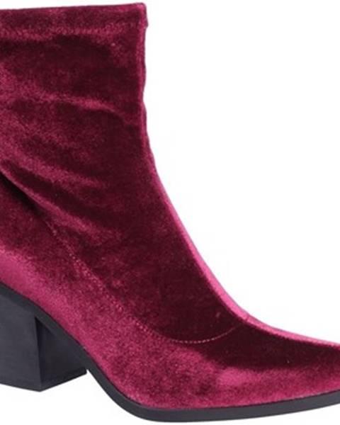 Červené topánky Fornarina
