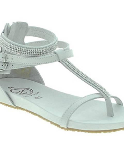 Biele sandále 18+
