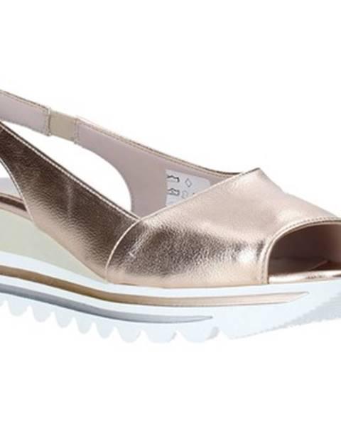 Ružové sandále Comart