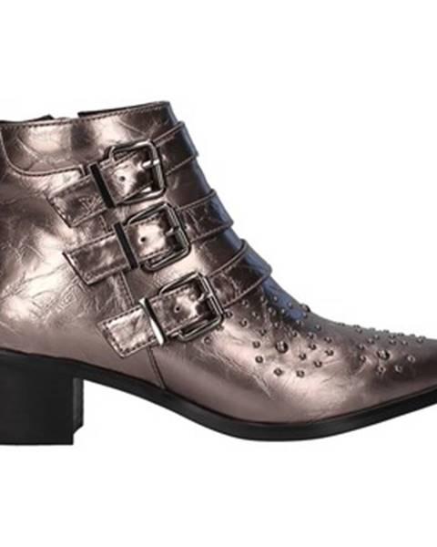 Zlaté topánky Gattinoni