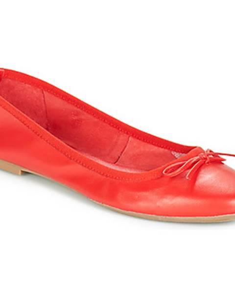 Červené balerínky André