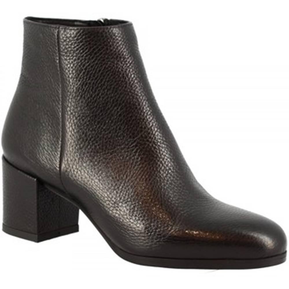 Leonardo Shoes Čižmičky Leonardo Shoes  8326A DOLLARO NERO