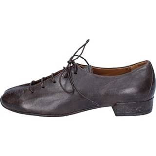 Nízka obuv do mesta Moma  classiche pelle