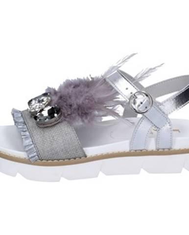 Sandále Jeannot