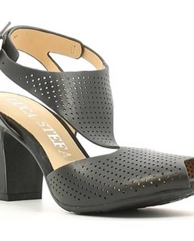 Čierne sandále Luca Stefani