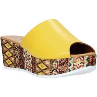 Šľapky Grace Shoes  10