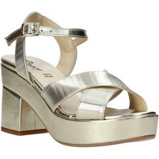 Sandále Grace Shoes  04 F13 LAM