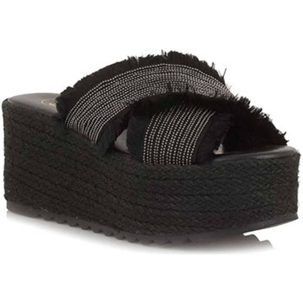Exé Shoes Šľapky Exé Shoes  G47006247001