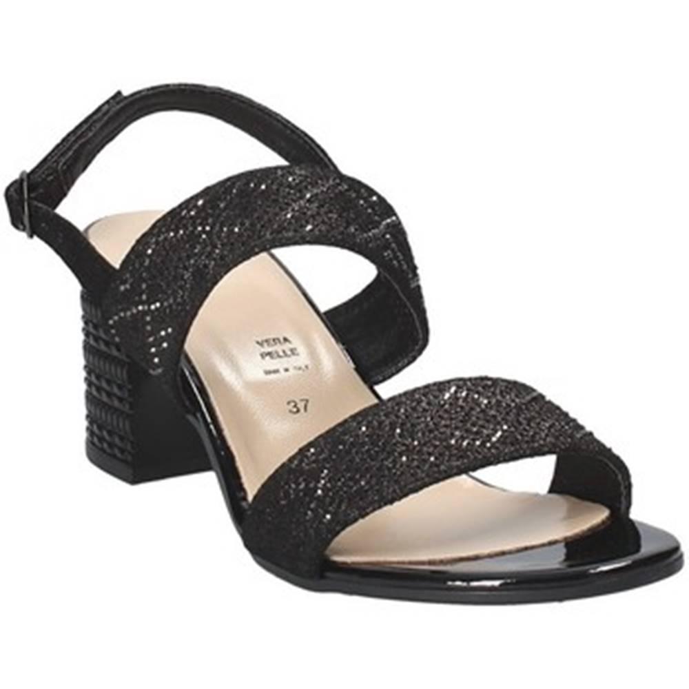 Grace Shoes Sandále Grace Shoes  47509