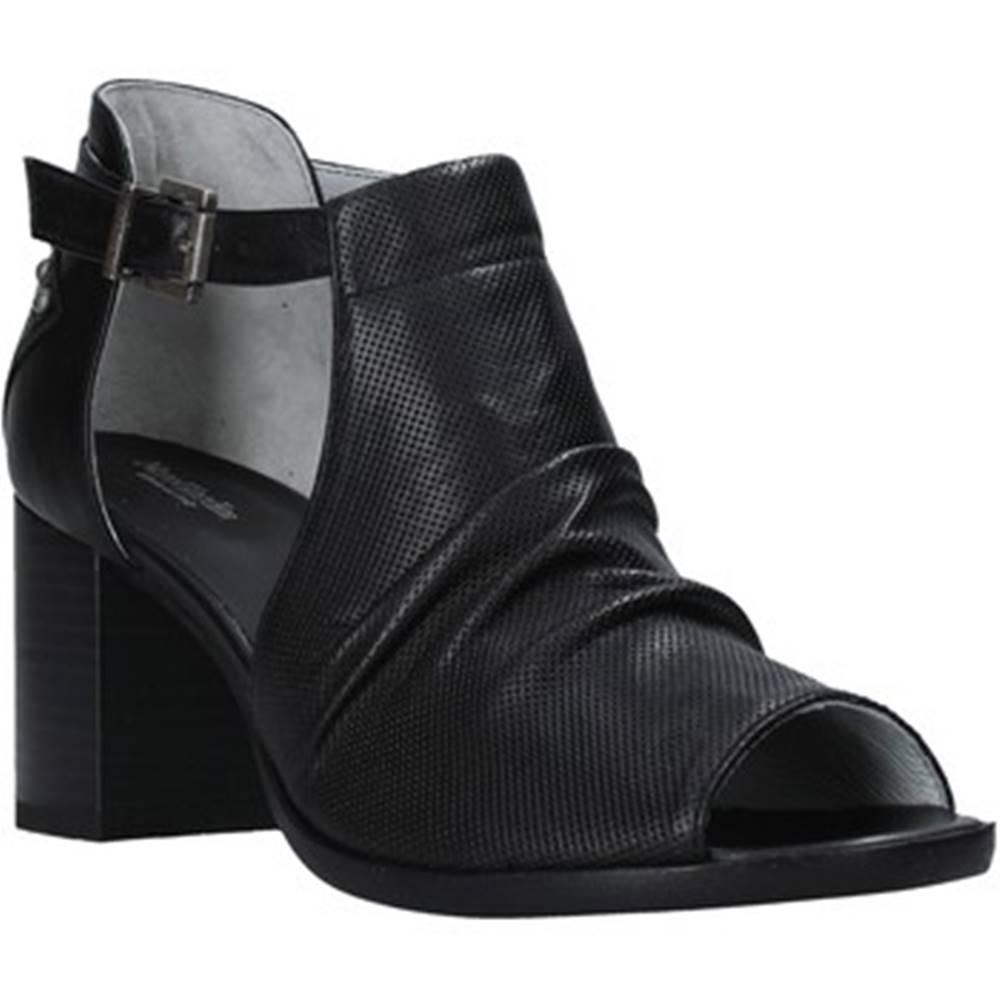 NeroGiardini Sandále NeroGiardini  E010255D