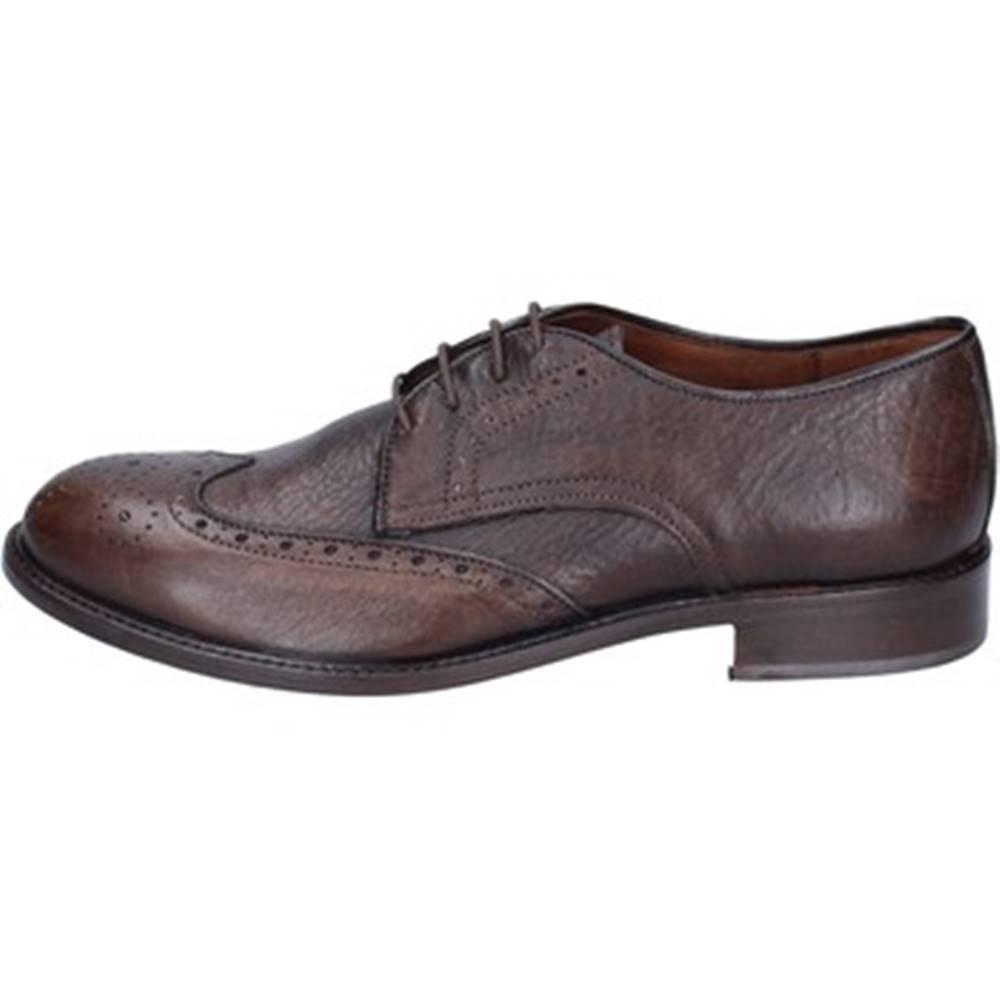 Viva Nízka obuv do mesta Viva  Klasický BK923