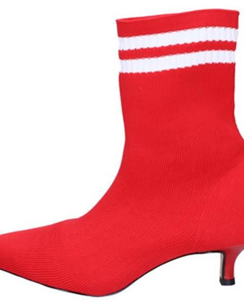 Červené topánky Olga Rubini