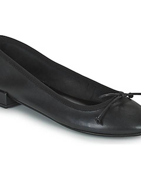 Čierne balerínky Minelli