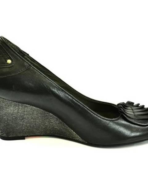 Čierne topánky Simen
