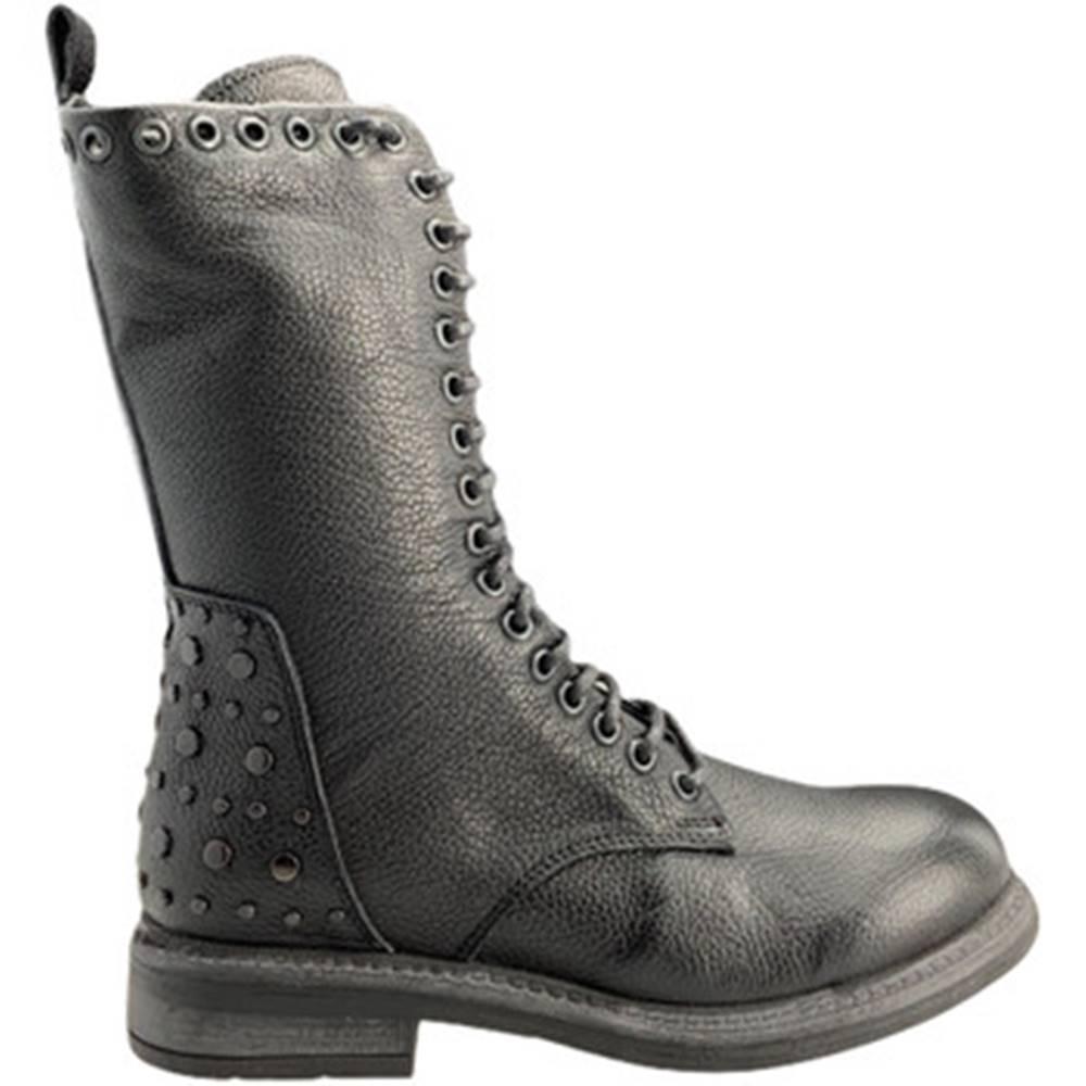 Bueno Shoes Polokozačky  9M1702