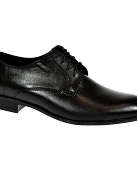 Čierne topánky Iguana