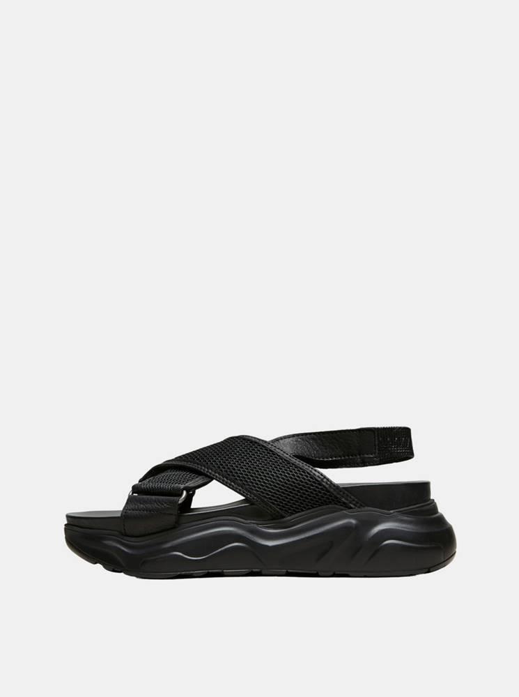 Selected Femme Čierne kožené sandále Selected Femme Follie