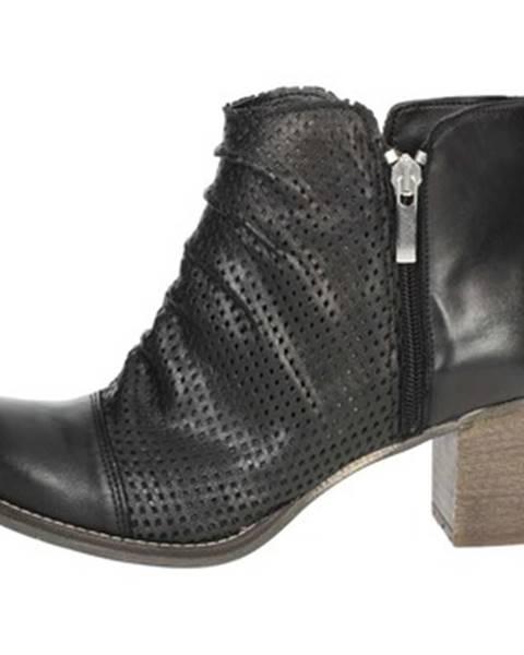 Čierne topánky Genus Millennium