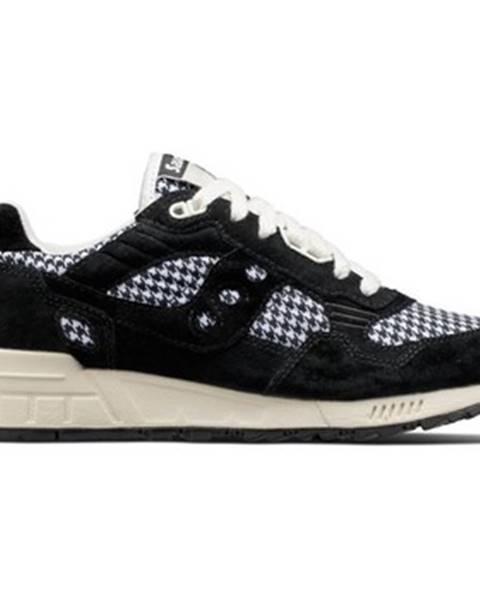 Čierne topánky Saucony