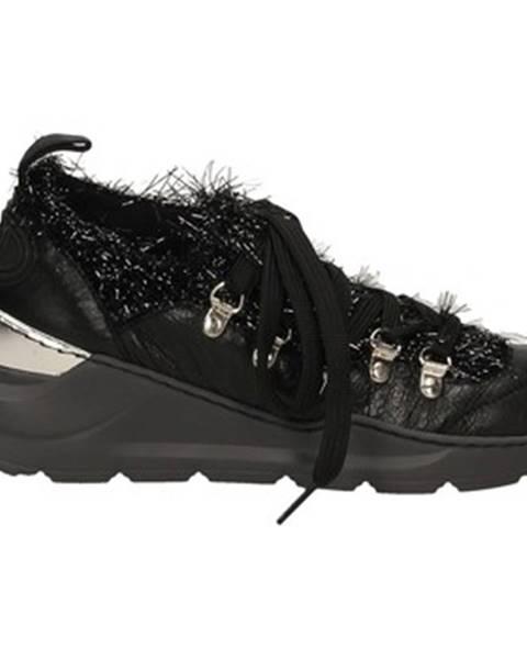 Čierne topánky RAS