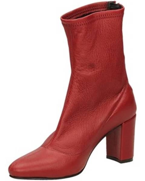Červené topánky L'arianna