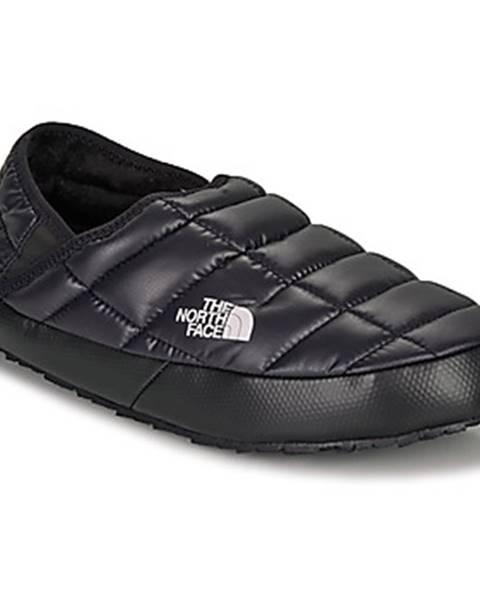 Čierne papuče The North Face