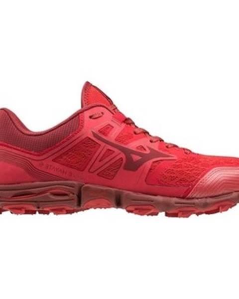Červené tenisky Mizuno