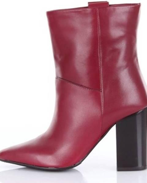 Červené topánky Carmens Padova