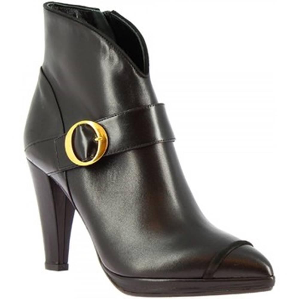 Leonardo Shoes Čižmičky Leonardo Shoes  4553 NAPPA/ CAM NERO MIA 80