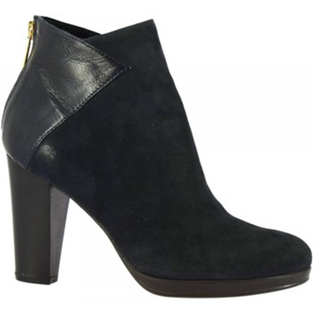 Leonardo Shoes Čižmičky Leonardo Shoes  M194 CAMOSC. ECLIS