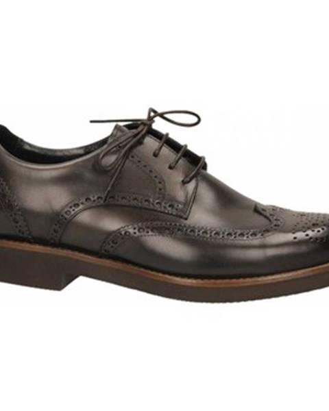 Hnedé topánky Edward's