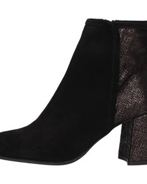 Čierne topánky Hobby