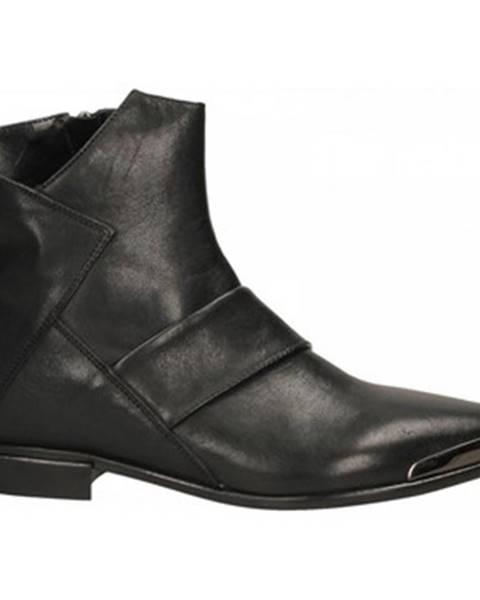Čierne topánky Laura Bellariva