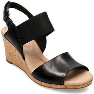 Sandále Clarks  Lafley Lily