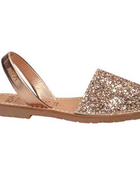 Zlaté topánky Ria