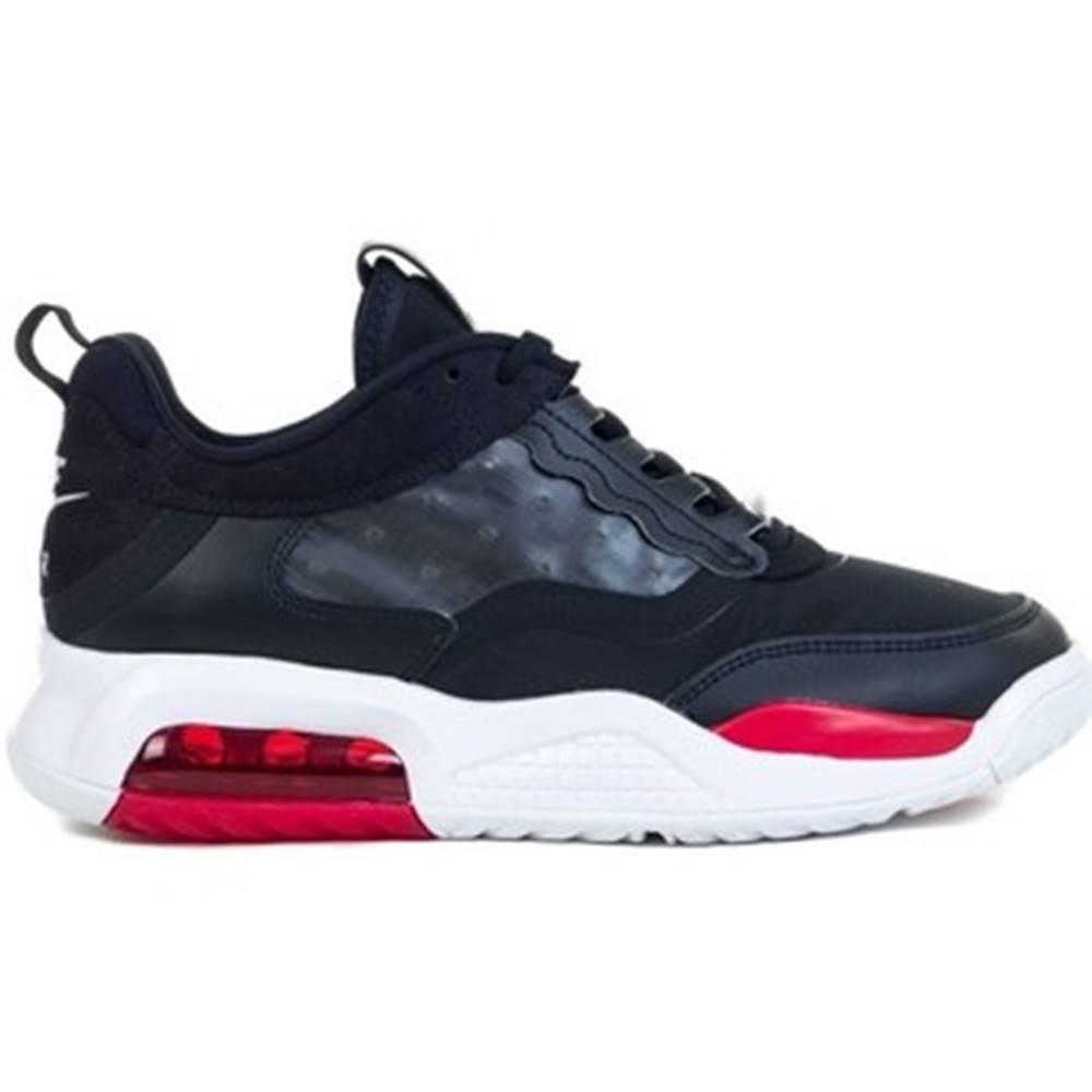 Nike Basketbalová obuv Nike  Jordan Max 200