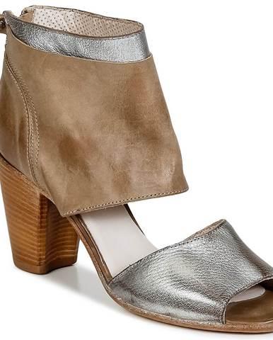 Hnedé sandále Moma