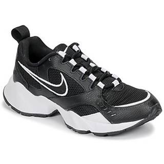 Nízke tenisky Nike  AIR HEIGHTS W