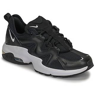 Nízke tenisky Nike  AIR MAX GRAVITON W